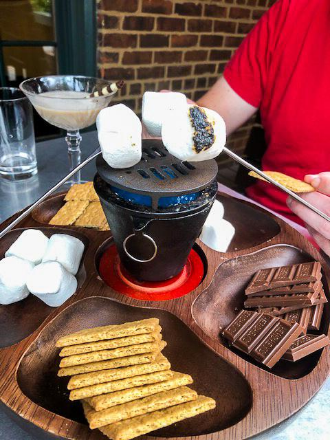 Crave Dessert Bar - S'mores Platter